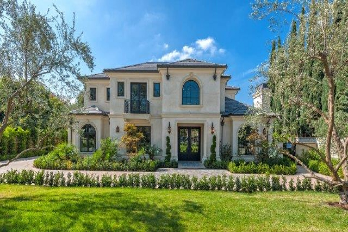 230 W Camino Real, Arcadia, California 91007, 6 Bedrooms Bedrooms, ,8 BathroomsBathrooms,Single Family Home,Residential Sold Listings,W Camino Real,1031